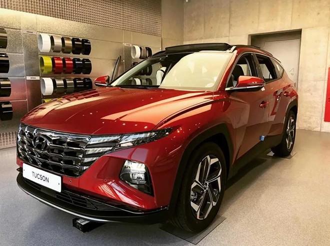 Mẫu xe Hyundai Tucson 2021 màu đỏ
